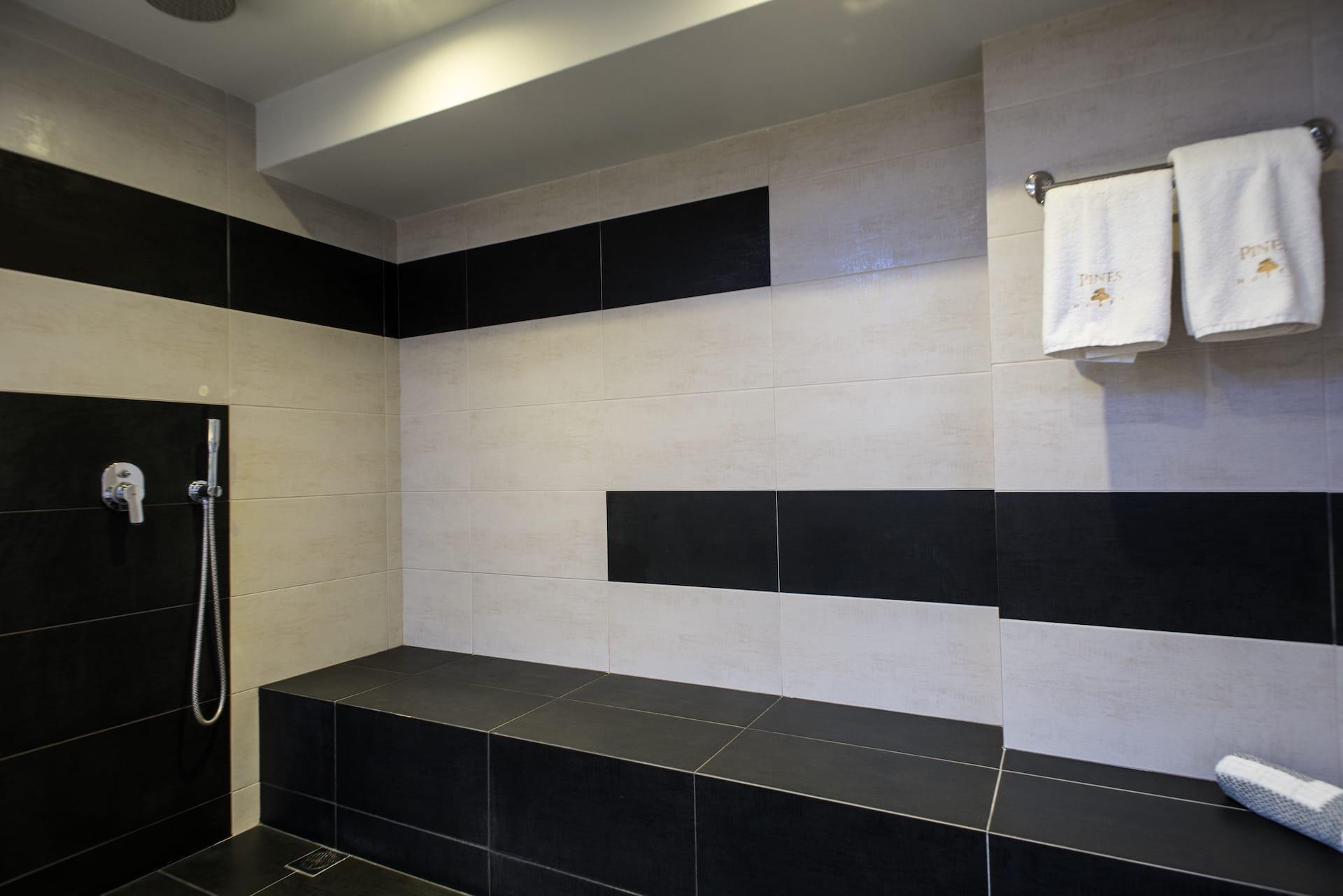 pines-hotel-suites17