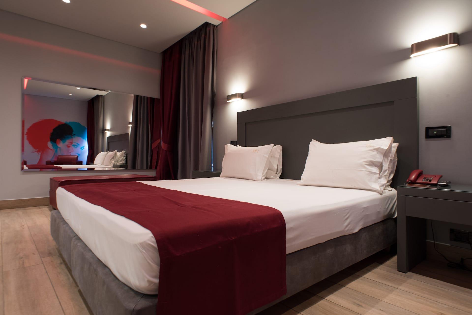 pines-hotel-suites2