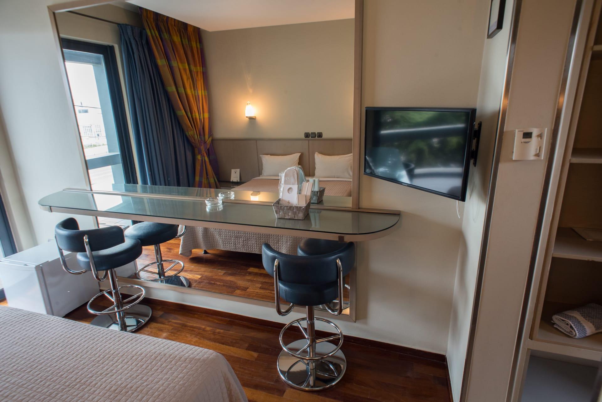 Το Standard room στο Pines Hotel ξενοδοχείο στα Βόρεια Προάστια. €54 η διανυκτέρευση.